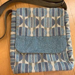 Gently used Maruca Rail bag
